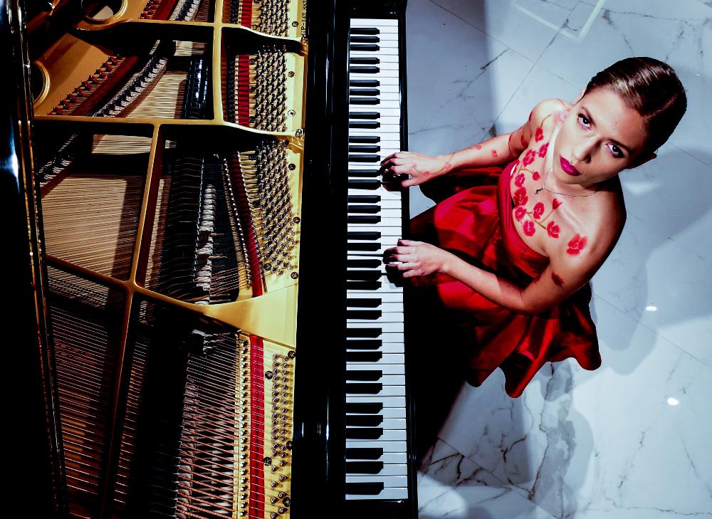 eleonorabetti_piano_a-rid